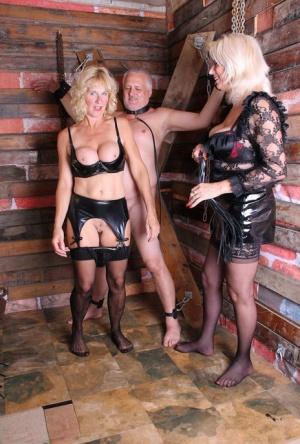 Free Mature Femdom Sex Pics