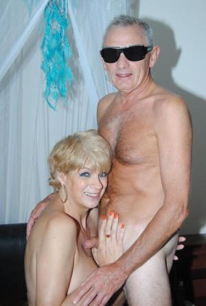 Free Mature Oldman Sex Pics