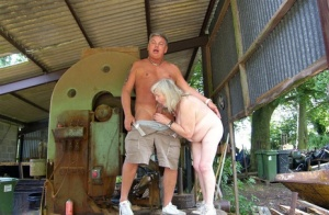 Free Mature Farm Sex Pics