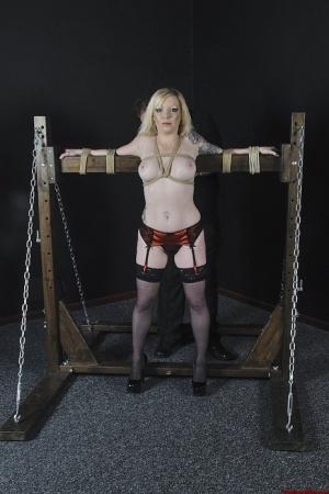 Free Mature Bondage Sex Pics