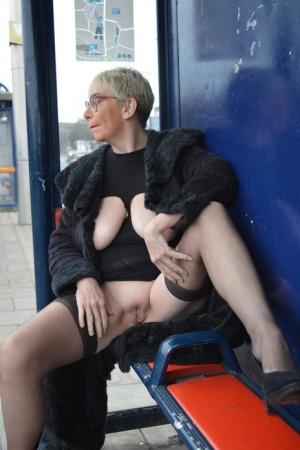 Free Mature Public Sex Pics