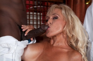 Free Mature Interracial Sex Pics