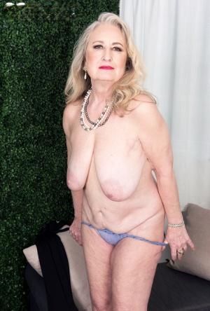 Free Mature Granny Sex Pics