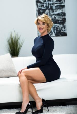 Free Mature Skirt Sex Pics