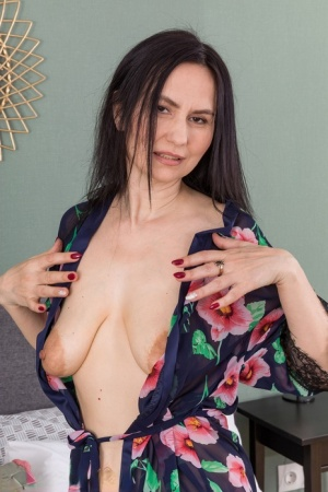 Free Mature Saggy Tits Sex Pics
