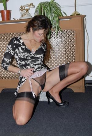 Free Mature Nylon Sex Pics