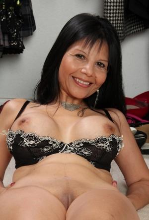Free Mature Latina Sex Pics