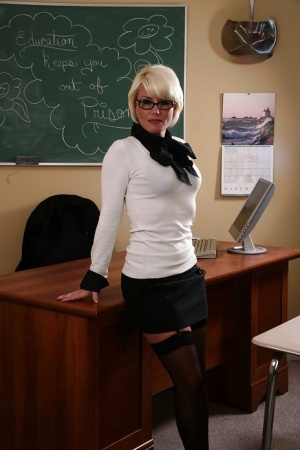 Free Mature Teacher Sex Pics