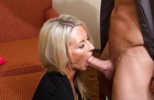 Free Mature Deepthroat Sex Pics