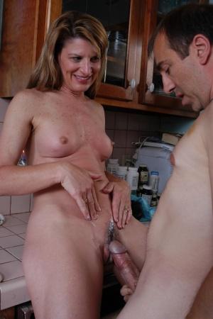 Free Mature Cum In Pussy Sex Pics