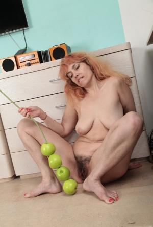 Free Mature Dildo Sex Pics