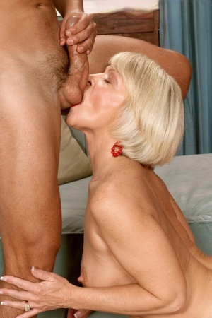 Free Mature Ball Licking Sex Pics