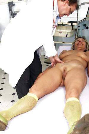 Free Mature Socks Sex Pics